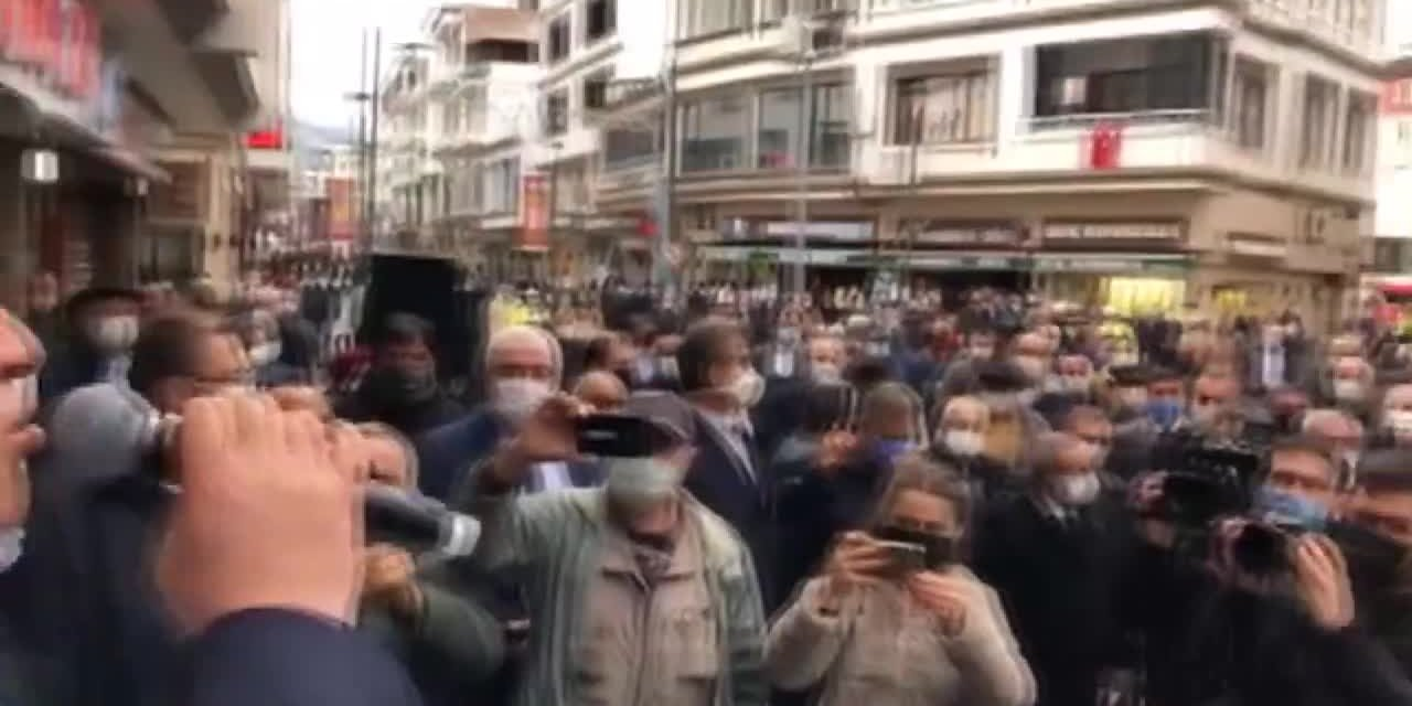 Belediye Başkanı Murat Aydın, Bayram Namazını Beykozlularla Birlikte Kıldı