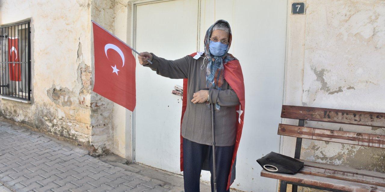 Taksim'de Karaborsa Maç Bileti Satmaya Çalışırken Yakalandı