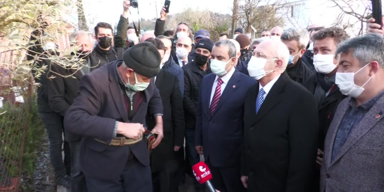 TURAN HANÇERLİ'DEN HUZUREVİNE BAYRAM ZİYARETİ